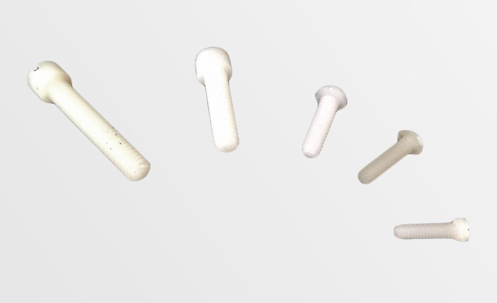 Tornillos plasticos